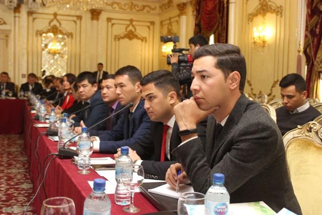 Жиззахлик журналистлар пойтахтда ташкил этилган семинарда самарали иштирок этишди