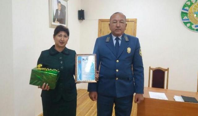Жиззах вилоят солиқчилари Ўзбекистон Республикаси Конституциясининг 26 йиллиги муносабати билан тақдирланишди
