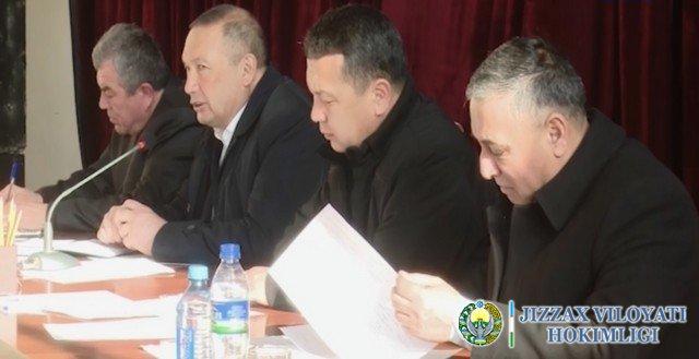 Видеорепортаж: Вилоят ҳокими Арнасой туманида сайёр қабул ўтказди