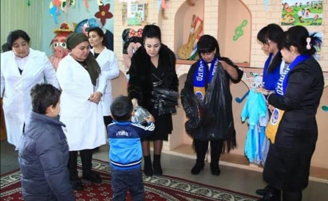 В Джизаке партия УзЛИДеП провела благотворительное мероприятие